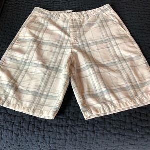 NWOT O'Neill Plaid Shorts